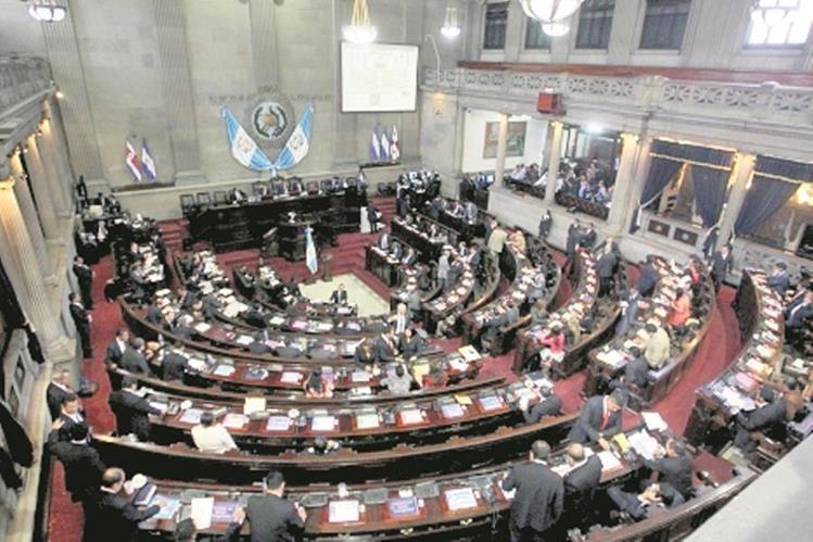Congreso se enfrenta por integrar la Comisión de Finanzas que conoce el Presupuesto 2016. (Foto Prensa Libre: Hemeroteca PL)