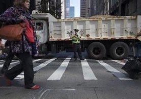 Más de 80 camiones con arena serán colocados en puntos estratégicos durante desfile del Día de Acción de Gracias.(AP).