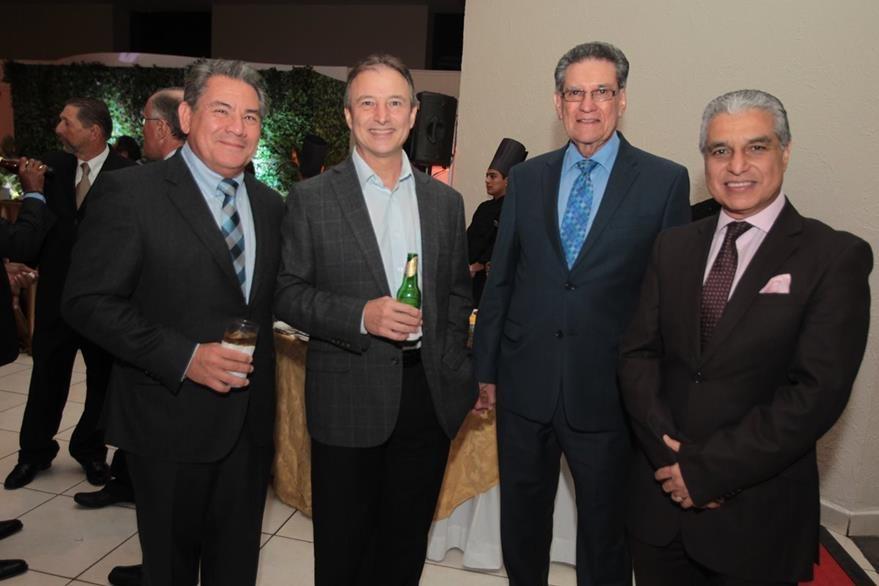 Juan Antonio  Busto, Sergio de la Torre, Luis Bollat y Carlos Contreras. (Foto Prensa Libre: Edwin Castro)