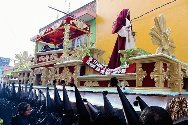 Advocación del Señor Sepultado de la procesión de El Calvario. (Foto Prensa Libre: Óscar Figueroa)