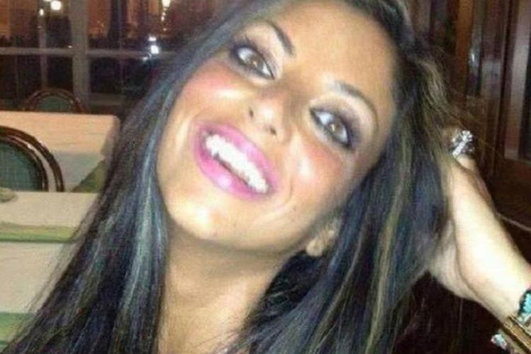 Tiziana Cantone se suicidó luego de que un video en que se grabó teniendo sexo se hizo viral.