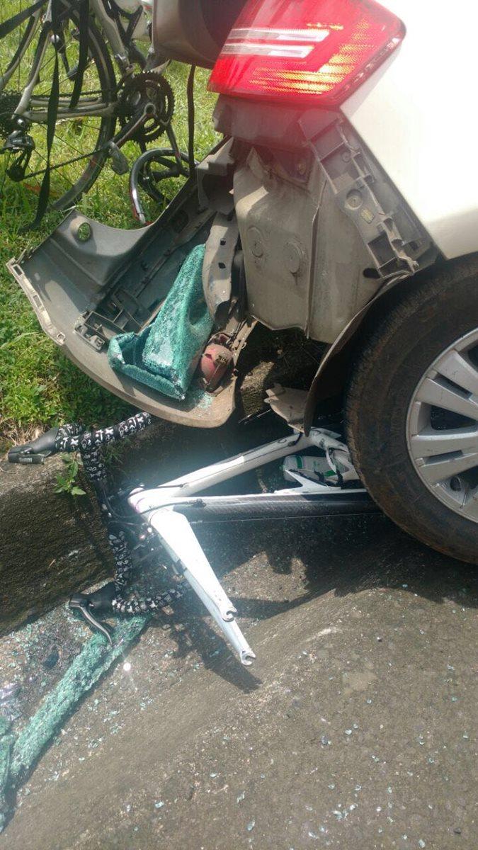 Así quedó la bicicleta de Morales, luego del accidente. (Foto Prensa Libre: Cortesía María Fernanda Morales)