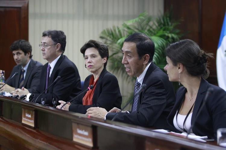 """La misión del FMI para evaluar al país sobre el denominado """"Artículo Cuarto"""" concluyó su trabajo en mayo. (Foto Prensa Libre: Hemeroteca PL)"""
