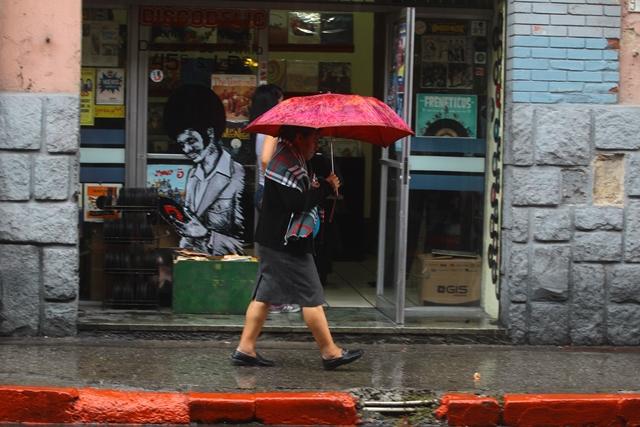 En los próximos dos días habrá lluvia debido a la formación de la Depresión Tropical 3E. (Foto Prensa Libre: Hemeroteca PL)