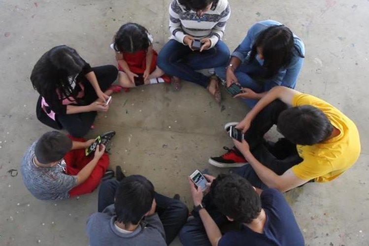 Informe de CIDH señala que niños y niñas deben considerarse víctimas de la violencia. (Foto Prensa Libre: Hemeroteca PL)