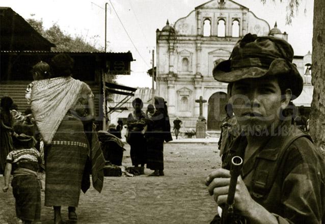 El Ejército ejecutó la mayoría de masacres y violaciones a los derechos humanos durante el conflicto armado interno. (Foto: Hemeroteca PL)