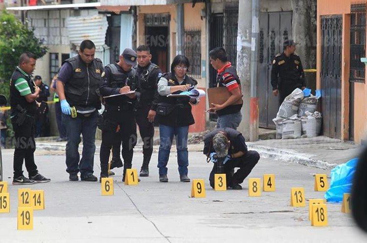 Con este asesinato se elevan a 19 los policías muertos en el ejercicio de su trabajo este año. (Foto Prensa Libre: Hemeroteca PL)