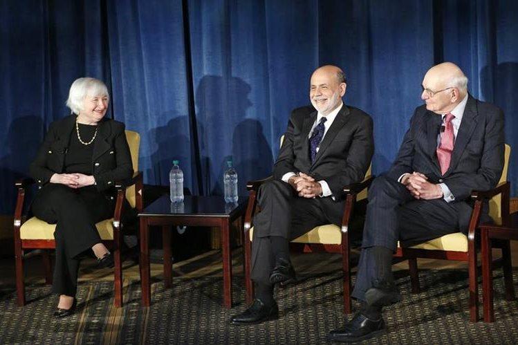 Janet Yellen, Ben Bernanke y Paul Volcker, en Nueva York (Foto Prensa Libre: AP)