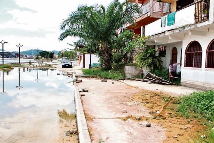 Expertos esperan que el  nivel del lago no pase de los 2.60 metros al final del año.