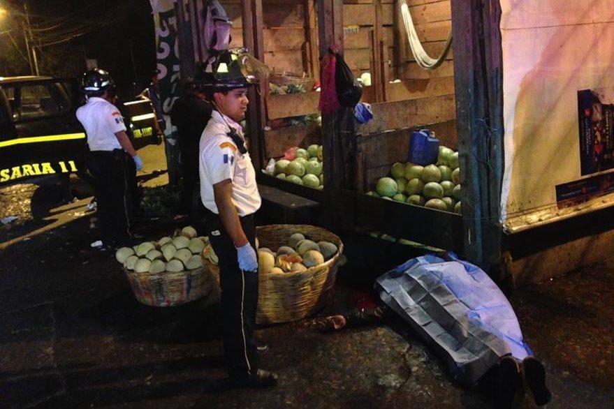 Crimen ocurrido en la Terminal de buses. (Foto: Bomberos Voluntarios)