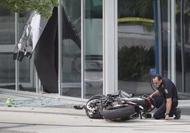 La policía realiza la investigación respectiva para determinar el motivo de la muerte. (Foto Prensa Libre: AP)