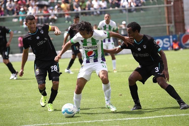 Antigua GFC enfrentará a Petapa con un plantel lleno de bajas. (Foto Prensa Libre: Jesús Cuque)
