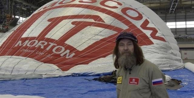 Fedor Konyukhov, piloto ruso, bate récord de vuelta al mundo en globo. (Foto Prensa LIbre: AP)