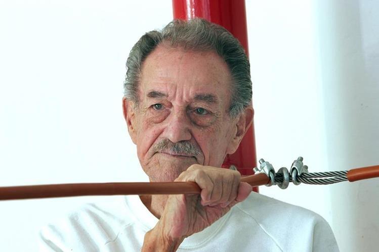 El actor mexicano Mario Almada falleció a los 94 años. (Foto Prensa Libre: AP)