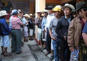 Elecciones transcurrieron sin anomalías en Sololá. (Foto Prensa Libre: Ángel Julajuj)