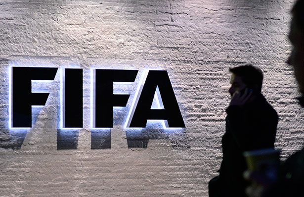 """Guatemala confirma su suspensión de la FIFA consecuencia del """"desacato"""" de 34 miembros de la Asamblea Nacional del futbol guatemalteco. (Foto Prensa Libre: EFE)"""