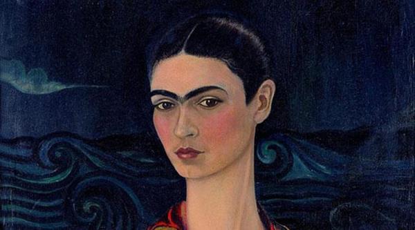 44 fotografías componen la muestra Fashion icon Frida Kahlo. (Foto Prensa Libre: EFE)
