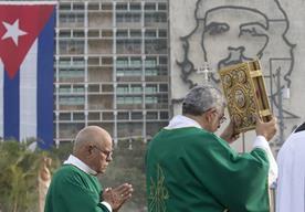 Las principales imágenes del segundo día de actividades de Francisco en la isla.