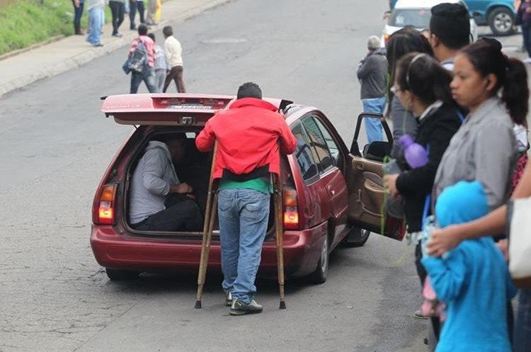 Transportes alternos también fueron utilizados por las personas.