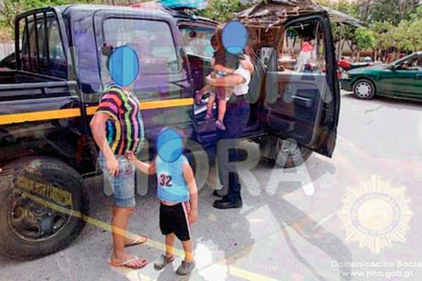 Autoridades rescatan a tres menores en Chiquimula, una de ellas está embarazada. (Foto Prensa Libre: PNC)