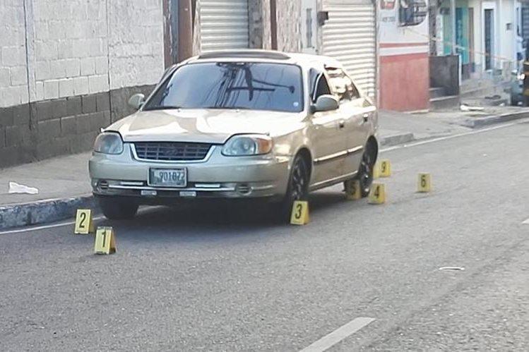 Una serie de ataques armados ha alarmado este martes a la población de la zona metropolitana. (Foto Prensa Libre: Estuardo Paredes)