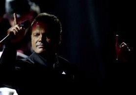 Luis Miguel enfrenta una orden de arresto inmediato en California, EE.UU. (MARTIN BERNETTI/AFP)