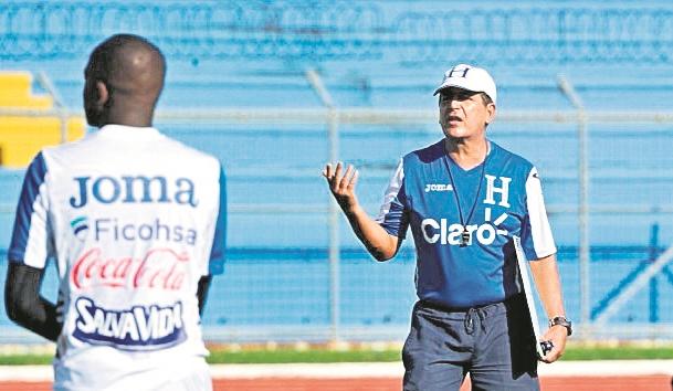 Jorge Luis Pinto convocó a 29 juegadores y seleccionará a los mejores. (Foto Prensa Libre: HemerotecaPL)
