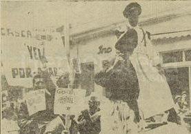 Cascarita, Rey Feo de Económicas en 1958 iba disfrazado del presidente Ydígoras Fuentes. (Foto: Hemeroteca PL)