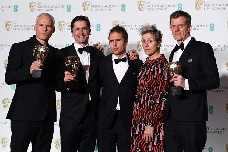 The Shape of Water, por 12 máscaras en premios Bafta