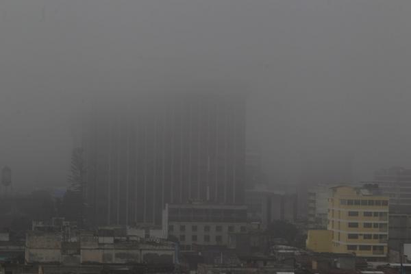 <p>Se prevén nublados parciales durante el fin de semana. (Foto Prensa Libre: Erlie Castillo)</p>