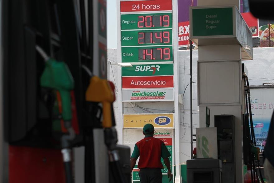 El precio 92 gasolinas en rosnefti en smolenske hoy