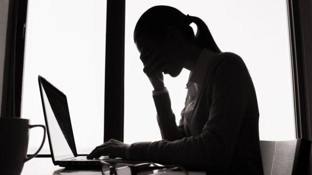 Recibir demasiados emails y notificaciones a menudo resulta perjudicial para la productividad. GETTY IMAGES