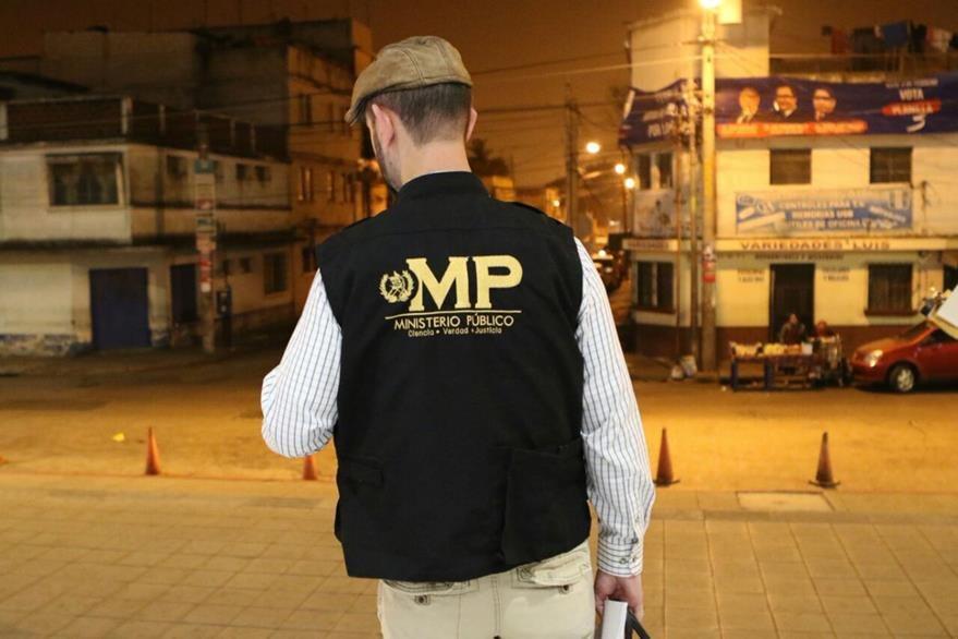 Peritos del MP coordinan operativos contra pandilleros que se dedican a extorsionar en varios puntos del país. (Foto Prensa Libre: MP)