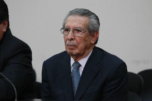 POR HUGO ALVARADO
