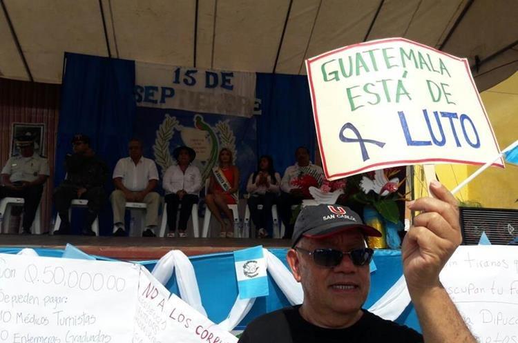 Manifestación de ciudadanos en Mazatenango, Suchitepéquez. (Foto Prensa Libre: Cristian Ico).