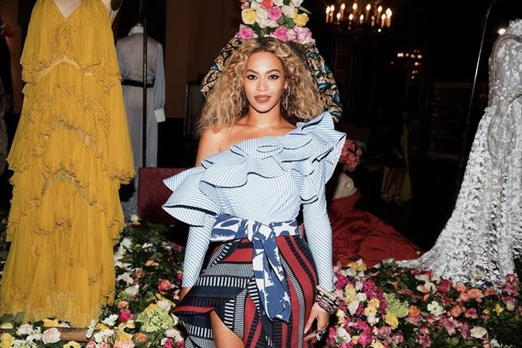Beyoncé confirma que está embarazada. (Foto Prensa Libre: Tomada de facebook.com/beyonce)