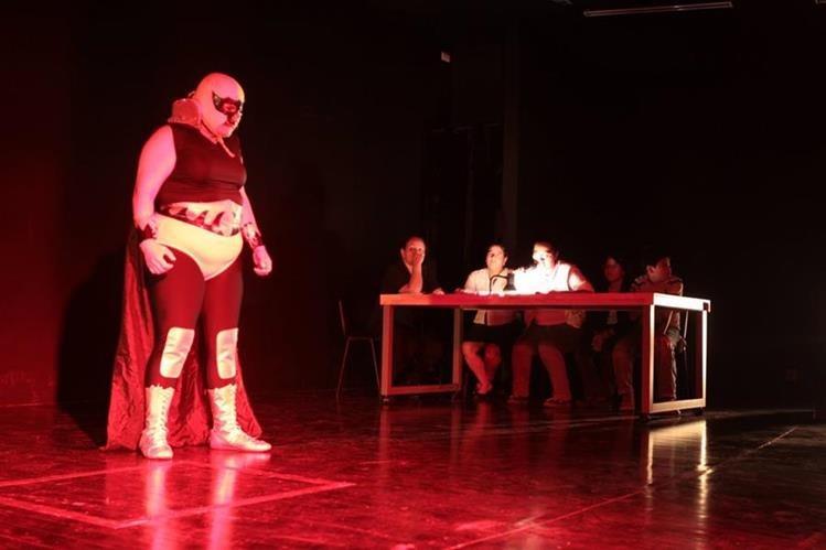 Una de las escenas de la asociación de teatro Las Poderosas Teatro. (Foto Prensa Libre, Hemeroteca)
