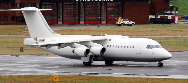 un avión BAE 146 similar al que se estrelló en Colombia.(AFP).