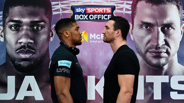 Anthony Joshua y Wladimir Klitschko aspiran a romper el récord de espectadores para una pelea de boxeo. (Getty)