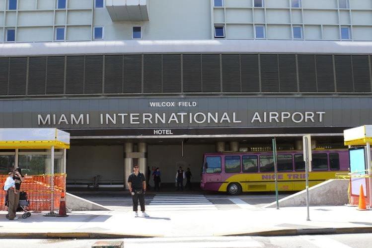 Autoridades del aeropuerto de Miami Florida en Estados Unidas adelantaron la fecha de corte de las aerolíneas de carga por el paso del Huracán Irma
