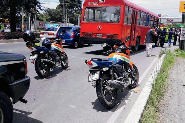 Según investigación preliminar, un joven que viajaba como pasajero perpetró el ataque. (Foto Prensa Libre: Erick Ávila)