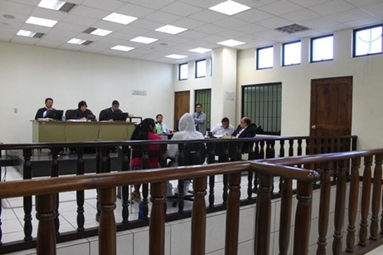 Tribunal Segundo de Sentencia Penal de Quetzaltenango, donde se inició el juicio. (Foto Prensa Libre: María José Longo)