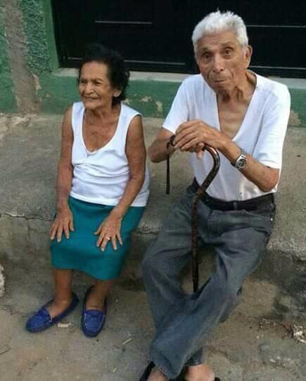 Guillermo Herrarte y Elvia Cetino se conocieron en Chiquimula, murieron el mismo día. (Foto Prensa Libre: Mario Morales)