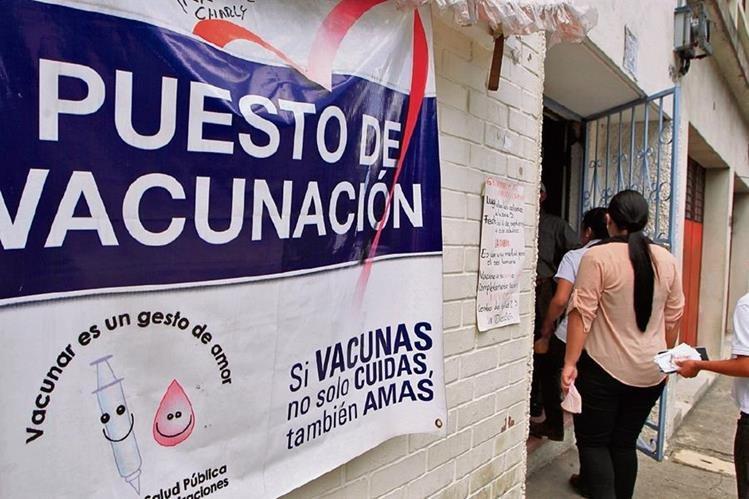 Durante el año pasado se reportaron varios puestos de salud desabastecidos de vacunas, lo que provocó que miles de niños quedaran sin protección ante cualquier enfermedad.