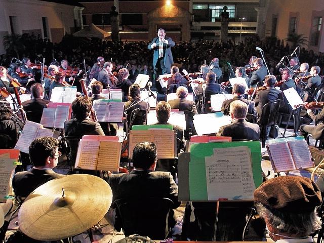 La orquesta Sinfónica rendirá homenaje a Alberto Ginastera.