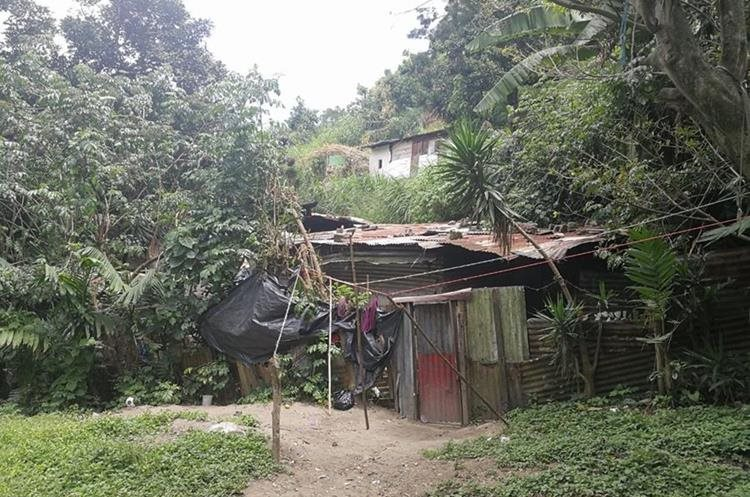 Una de las viviendas que resultaron afectadas por el desastre natural. (Foto Prensa Libre: Yanira Alvizurez)