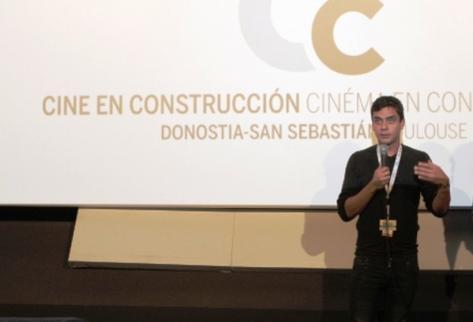 El guatemalteco Jayro Bustamante presentó el filme Ixcanul. (Foto Prensa Libre: Tomada de www.sansebastianfestival.com)