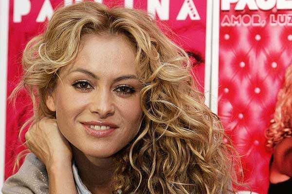 """<p>La cantante mexicana Paulina Rubio enfrenta una nueva demanda. <br _mce_bogus=""""1""""></p>"""