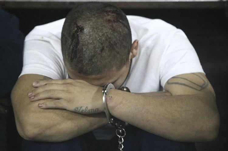 Pandillero durante audiencia luego de motín en Etapa 2. (Foto Prensa Libre: Carlos Hernández)