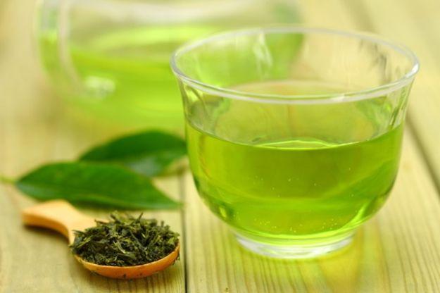 El cacao y el té verde disminuyen la muerte celular (apoptosis) de los podocitos, las células que restringen el paso de proteínas a la orina.
